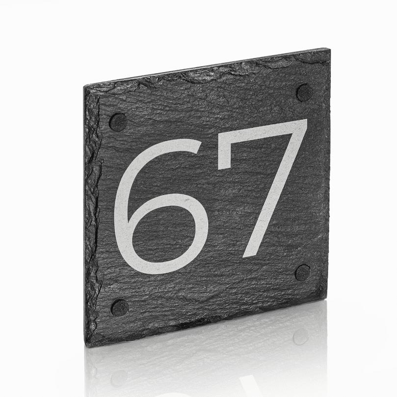 Naambord Leisteen 15 x 15 cm + Gaten V01